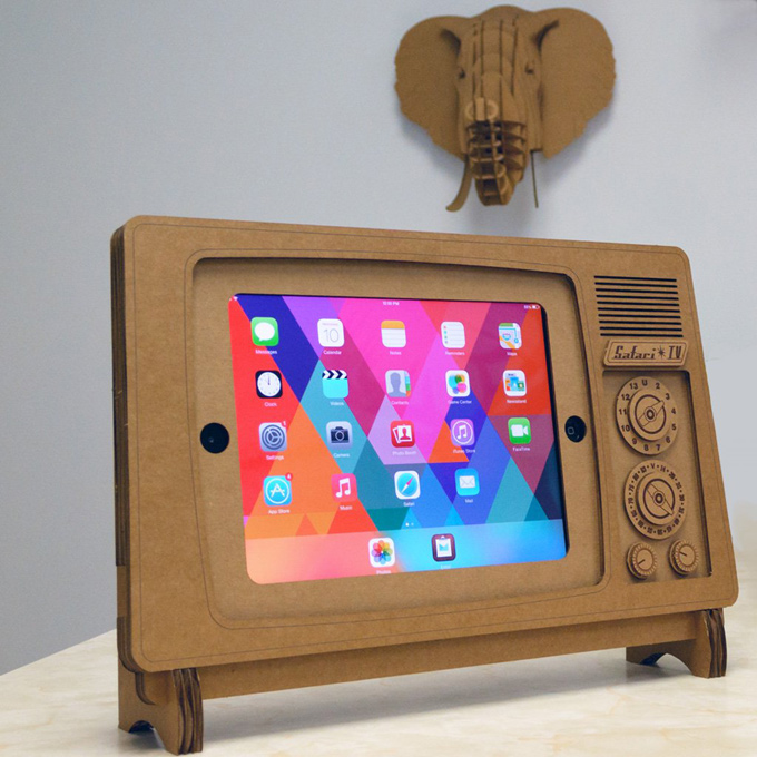 Safari TV iPad Stand