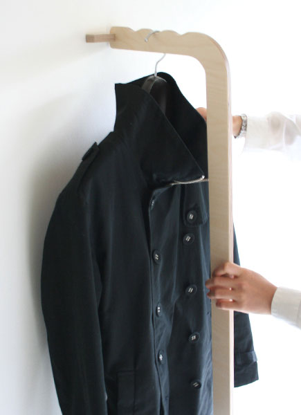 Eau coat hanger STICK