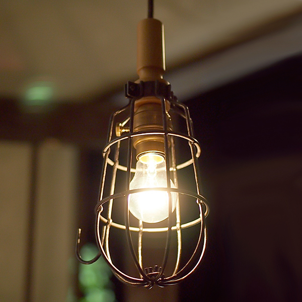 Hand lamp with cable